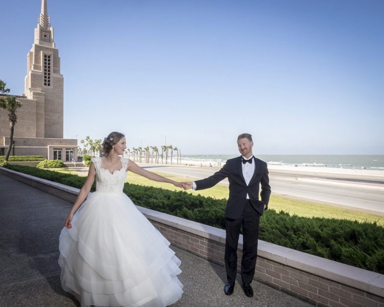 Bride & Groom on Corpus Christi Bay